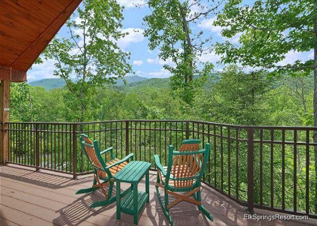Enjoy the views from this Brand New romantic 1 bedroom Cabin! - Image 1 - Gatlinburg - rentals