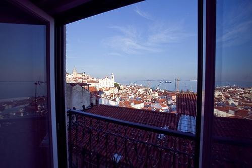 Apartment in Lisbon 120 - Alfama - Image 1 - Lisbon - rentals