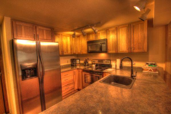 CM116S117H Copper Mtn Inn 1BR 2BA - Center Village - Image 1 - Copper Mountain - rentals