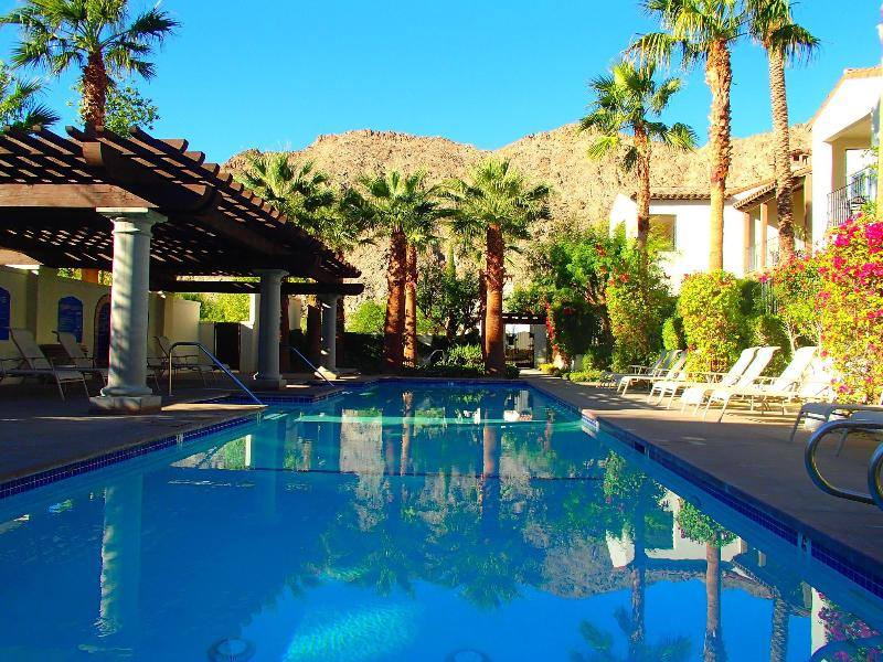 Magnificent Views From this Diving Pool - Resort Atmosphere,Spacious Condo,Centrally Located - La Quinta - rentals