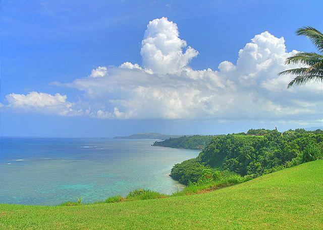 Sealodge J2: Oceanfront views all the way to the lighthouse! - Image 1 - Princeville - rentals
