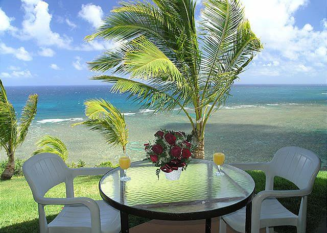 Sealodge J3: Oceanfront views from every window, ground floor 1br/1ba - Image 1 - Princeville - rentals