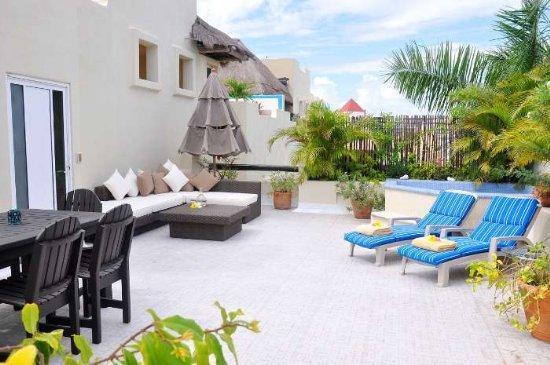 "Penthouse -2 Bed - 2 Bath- rooftop Jacuzzi ""PK31"" - Image 1 - Playa del Carmen - rentals"