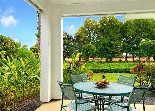 Emmalani Court 411: Spacious, air-conditioned 2br/2ba, brief walk to beach! - Image 1 - Princeville - rentals