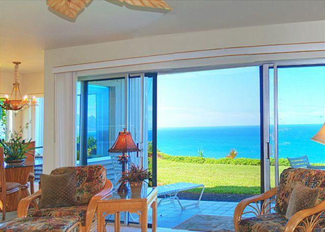 Pali Ke Kua 119: AIr-conditioned luxury with oceanfront and Bali Hai views - Image 1 - Princeville - rentals