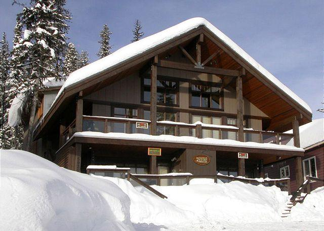 South Face C, Big White, BC - South Face C Snowpines Estates Location Sleeps 7 - Big White - rentals