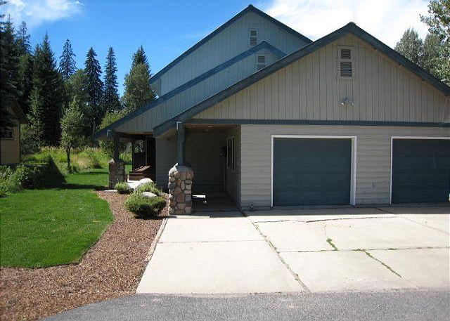 Andersons on the Green- Spacious Home on Golf Course with private hot tub. - Image 1 - McCall - rentals