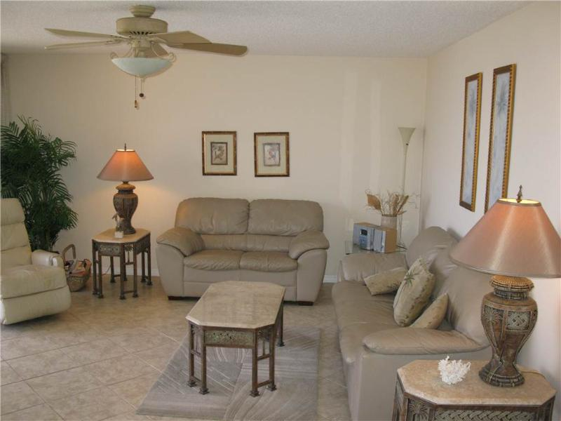 Cozy 2BR with leather furniture #412GV - Image 1 - Sarasota - rentals
