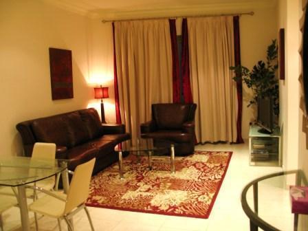 Living Room - Luxurious 2 Bedroom Apt  33rd floor - Dubai Marina - Dubai - rentals