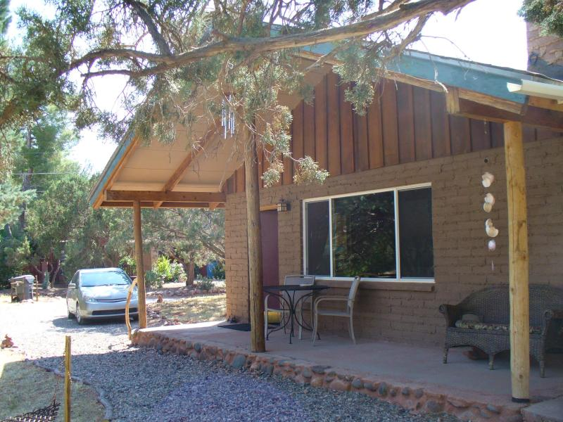 Porch provides shade and invites you to read and birdwatch in near seclusion. - Cabin with Cathedral Rock View; Private and cozy! - Sedona - rentals