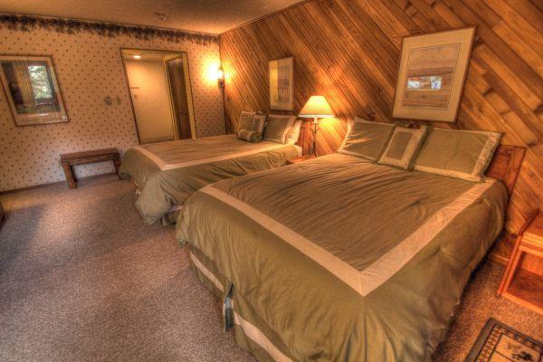 CM117H Copper Mountain Inn - Center Village - Image 1 - Copper Mountain - rentals