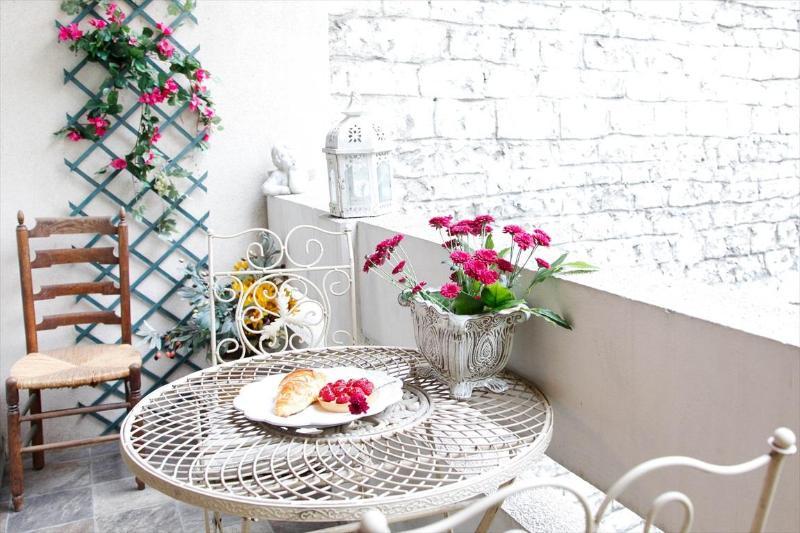 MAY DEAL Quiet Balcony & Garden View, Free Wifi - Image 1 - Paris - rentals