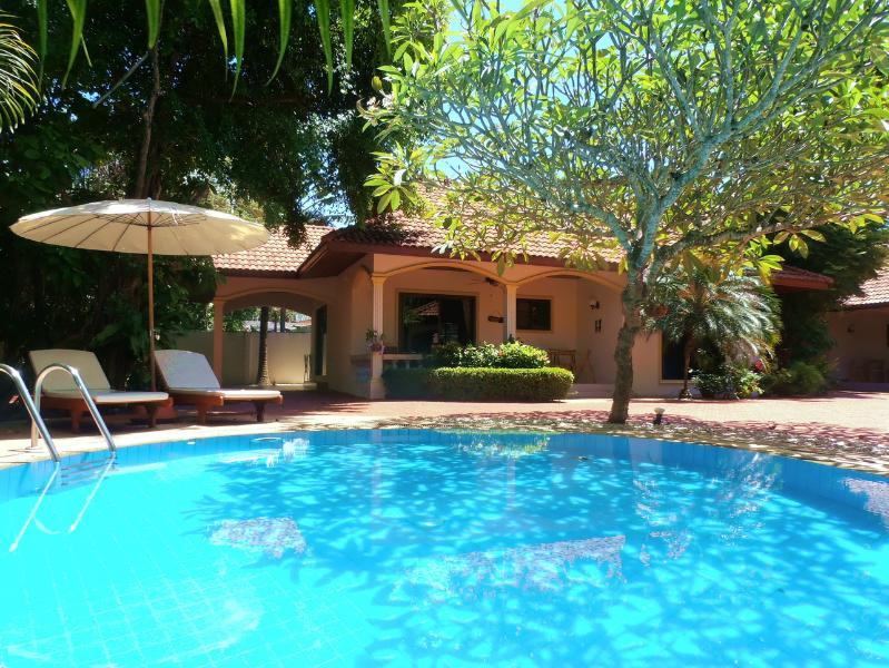 "Beautiful Coconut Beach Villa - ""COCONUT BEACH"" Peaceful Pool Villa in Paradise !! - Rawai - rentals"