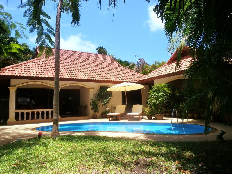"SECLUDED PARADISE ISLAND VILLA - ""PARADISE ISLAND"" Romantic Coconut Paradise Villa! - Rawai - rentals"