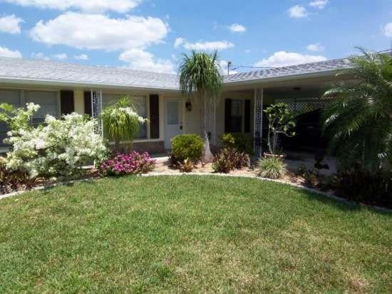 Canal Point - 2/1 Solar Heated Pool Villa, Gulf Access, High Speed Internet - Image 1 - Cape Coral - rentals