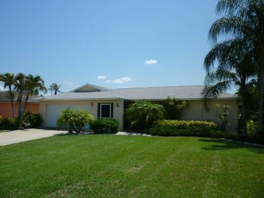 Villa Patricia - 3/2 Electric Heated Pool and Spa Home, Gulf Access Canal, High Speed Internet - Image 1 - Cape Coral - rentals