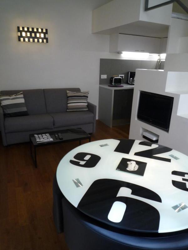 Elegant 1 BR Condo Saint Honore - apt #226 - Image 1 - Paris - rentals