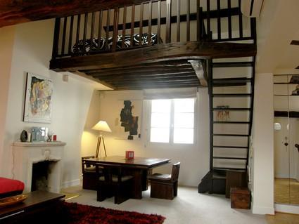 Amazing Paris 1 Bedroom Apartment on rue Quincampoix - Image 1 - Paris - rentals