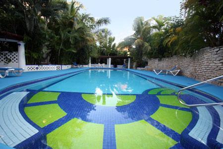 Large pool with shallow and deep ends - Cozy Mediterranean Retreat Near the Sea-PaulsDream - Playa del Carmen - rentals