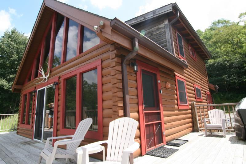 Moose Lodge - Sechuded Luxury Log Cabin 2 Miles to SS Spa WiFi - Snowshoe - rentals