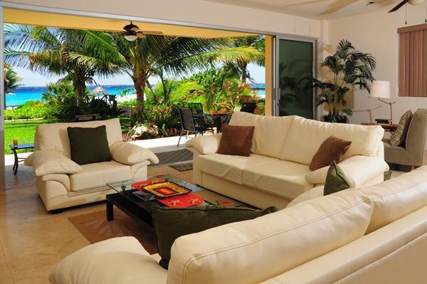 Take in the views fom your living room - Casa Las Olas- Punta Roca 107- Puerto Aventuras - Puerto Aventuras - rentals