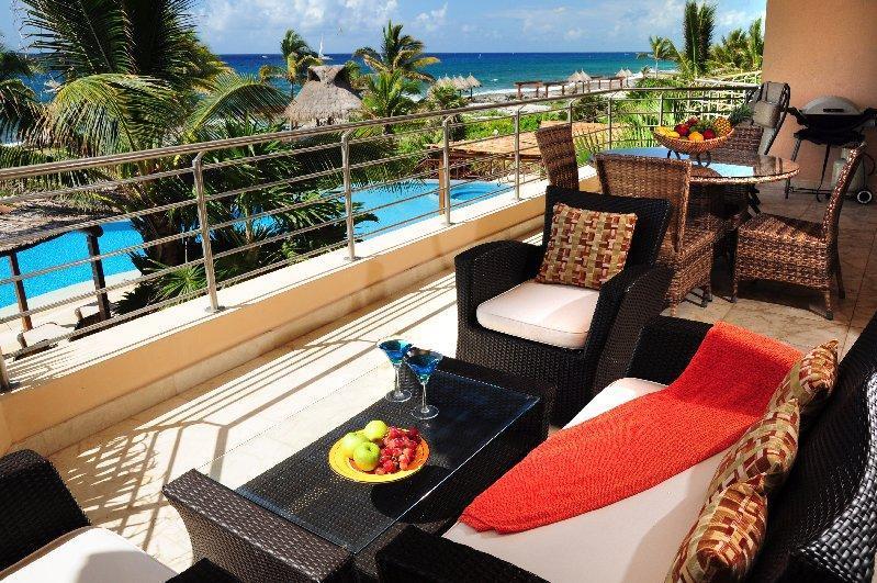 Large covered terrace with 180 views - Casa Bella Vista - Punta Roca 203 - Puerto Aventuras - rentals
