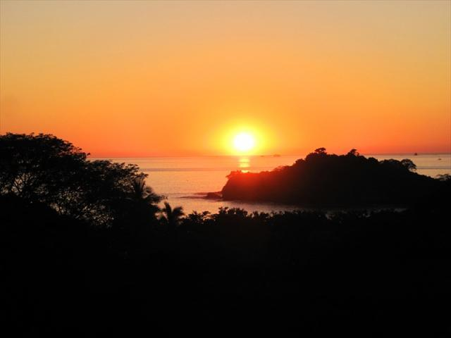 Breathtaking sunsets from the condo - Villa Catalina Townhome #14-Bella Vista del Mar - Playa Potrero - rentals