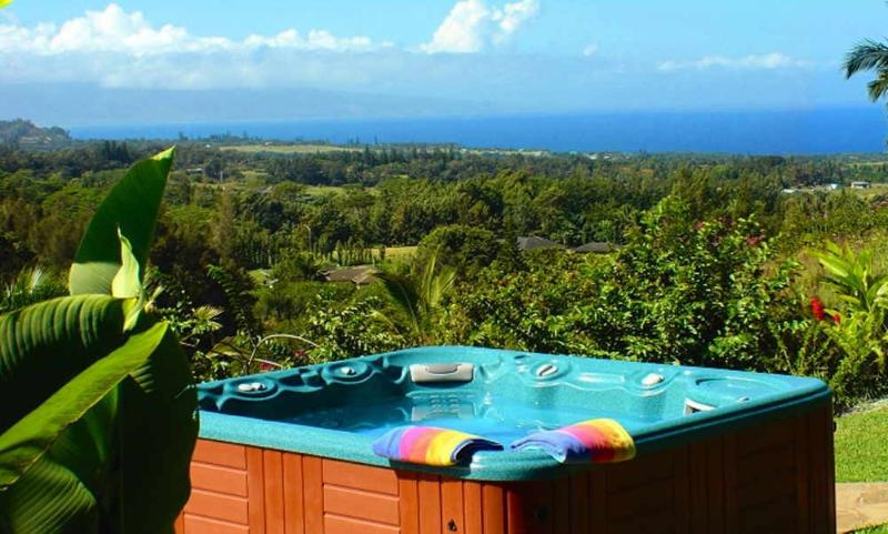 Your private, ocean-view Jacuzzi - Maui Tradewinds Honeymoon/Vacation Suite - Haiku - rentals