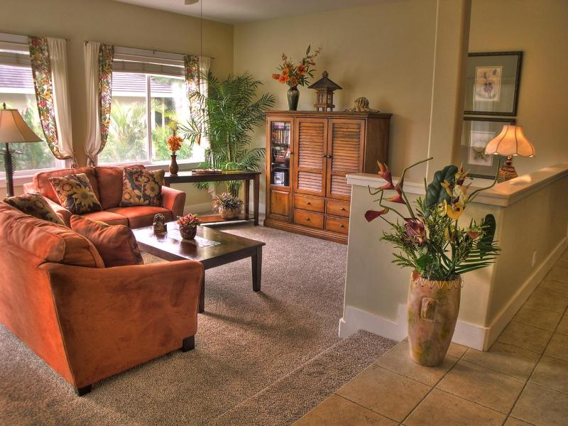Living Room - Elegant Poipu 2 Bdrm Condo with A/C - Poipu - rentals