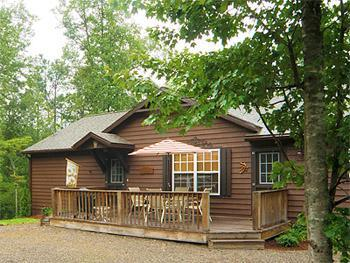 The Approach - Whispering Willow - View, New & Fresh with WiFi! - Franklin - rentals