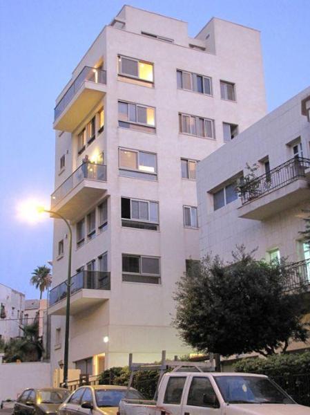 Building - Deluxe Apartment on Tel Aviv Seashore - Tel Aviv - rentals