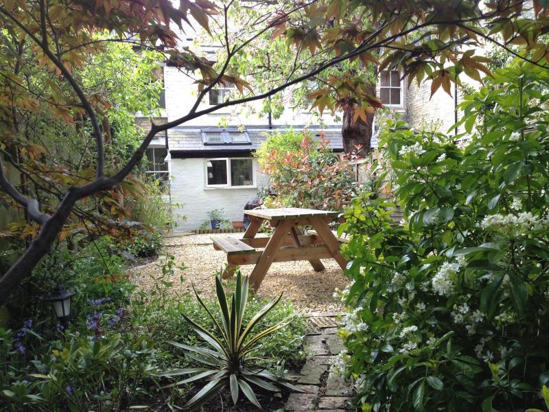BR_Garden - Cambridge Short-Term Let Cottages, Cambridge, UK - Cambridge - rentals