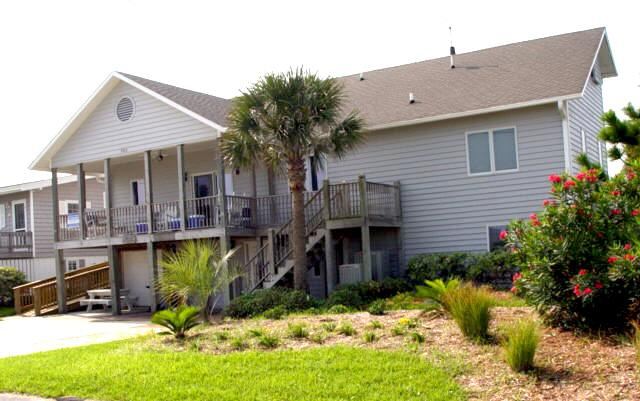 Exterior  - A Timeout - Emerald Isle - rentals