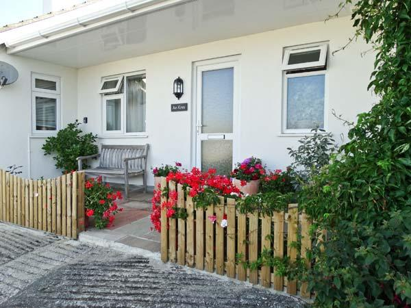 AN KRES, pet friendly, with a garden in Mevagissey, Ref 2919 - Image 1 - Mevagissey - rentals