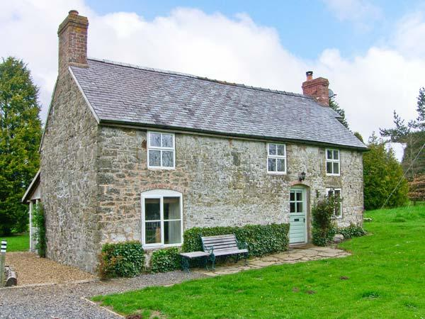 HILLGATE HOUSE, pet friendly, character holiday cottage, with a garden in Hemford, Ref 1661 - Image 1 - Shrewsbury - rentals