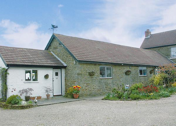 HERMITAGE COTTAGE, pet friendly, character holiday cottage, with a garden in Egton Near Whitby, Ref 1109 - Image 1 - Egton - rentals