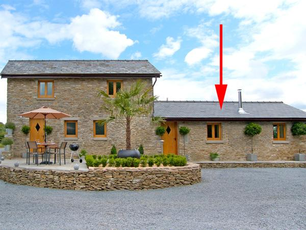 HOWLE HIDEAWAY, romantic, luxury holiday cottage, with open fire in Howle Hill, Ref 2537 - Image 1 - Howle Hill - rentals