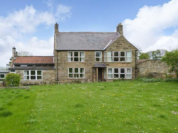 LIVERTON LODGE, pet friendly, character holiday cottage, with a garden in Danby, Ref 1107 - Image 1 - Danby - rentals