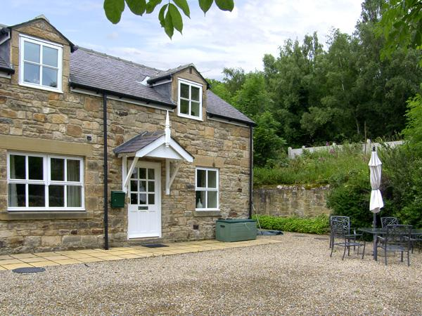 NORTH TYNE COTTAGE, family friendly, country holiday cottage, with a garden in Warden Near Hexham, Ref 1060 - Image 1 - Warden - rentals
