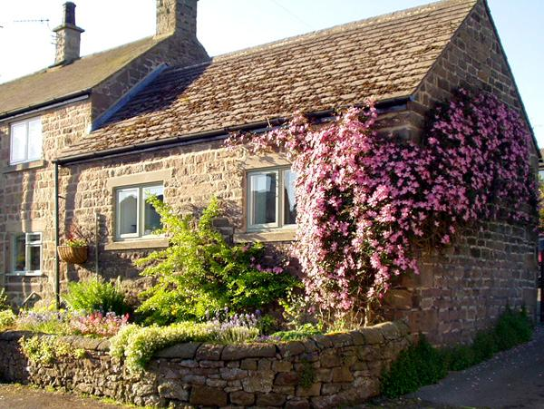 COBBLED CORNER, romantic, character holiday cottage, with a garden in Elton, Ref 1613 - Image 1 - Elton - rentals