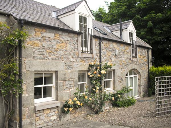 THE COACH HOUSE, pet friendly, luxury holiday cottage, with a garden in Lowick Near Holy Island, Ref 1979 - Image 1 - Lowick - rentals