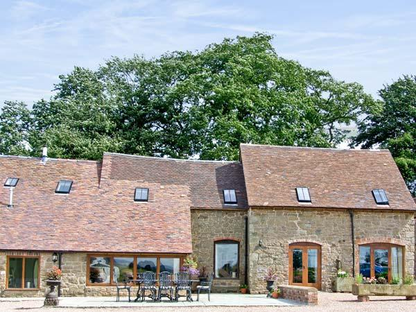 THE OLDE COW HOUSE, pet friendly, luxury holiday cottage, with open fire in Cardington Near Church Stretton, Ref 3591 - Image 1 - Cardington - rentals