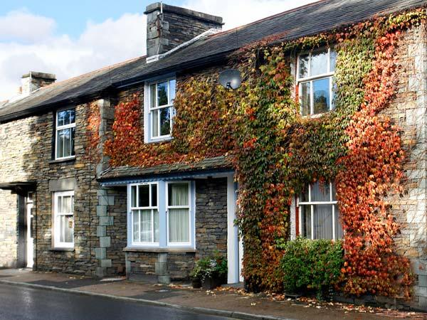 TWO TWEENWAYS, romantic, country holiday cottage, with a garden in Ambleside, Ref 1505 - Image 1 - Ambleside - rentals