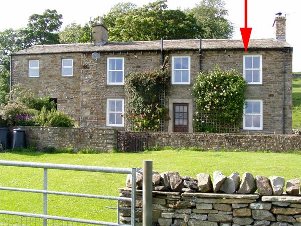 WEST SHAW COTE COTTAGE, family friendly, country holiday cottage, with a garden in Askrigg, Ref 218 - Image 1 - Askrigg - rentals