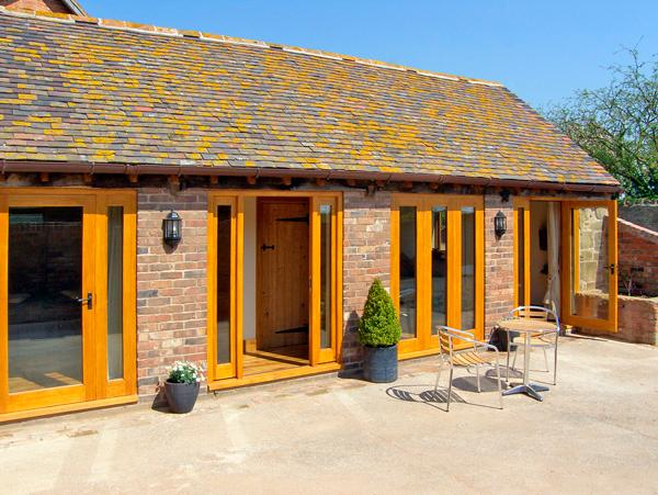 THE BYRE, character holiday cottage, with a garden in Billingsley, Ref 2476 - Image 1 - Billingsley - rentals