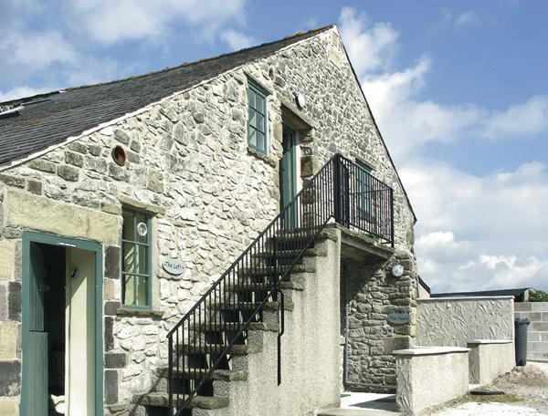THE NEST, pet friendly, country holiday cottage, with a garden in Buxton, Ref 951 - Image 1 - Buxton - rentals