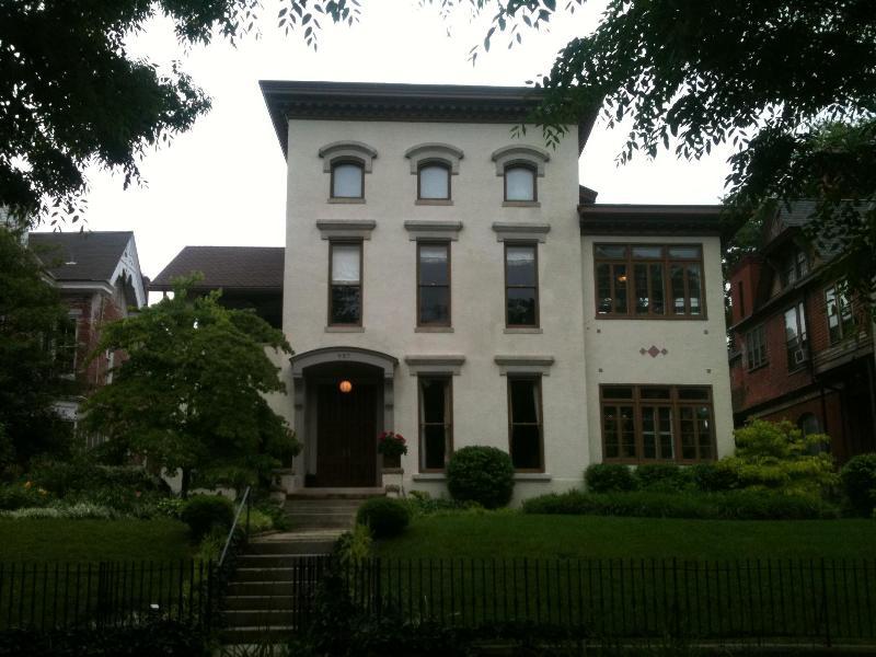 Exterior - 6 Bedroom Italianate Mansion in Historic Zone - Louisville - rentals
