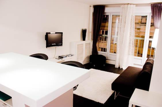 Stylish Studio Rue du Chemin Vert - apt #258 - Image 1 - Paris - rentals