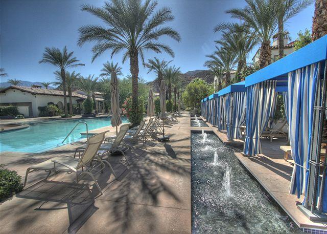 Community Pool - Beautiful 3 bedroom upper level villa with views of the mountain and pool - La Quinta - rentals