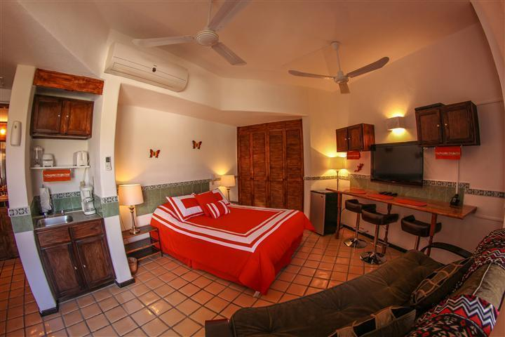 GREAT ROOM - Cabo Marina Beach Condos  $50 PP May-Oct - Cabo San Lucas - rentals